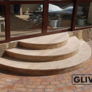 Лестничные ступени из натурального камня (мрамора) Зара, фото 2
