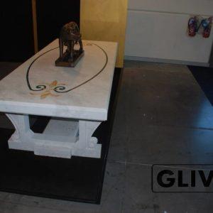 Стол из мрамора Турин