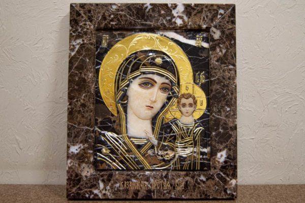 Икона Казанской Богоматери № 3/12-2 (резная) из мрамора от Гливи, фото 1