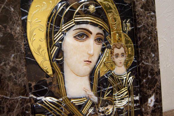 Икона Казанской Богоматери № 3/12-2 (резная) из мрамора от Гливи, фото 3