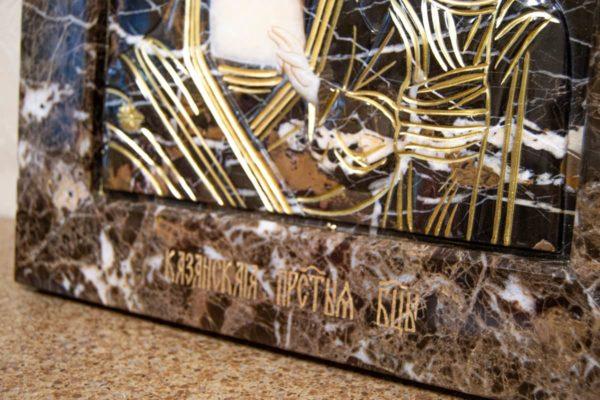 Икона Казанской Богоматери № 3/12-2 (резная) из мрамора от Гливи, фото 4