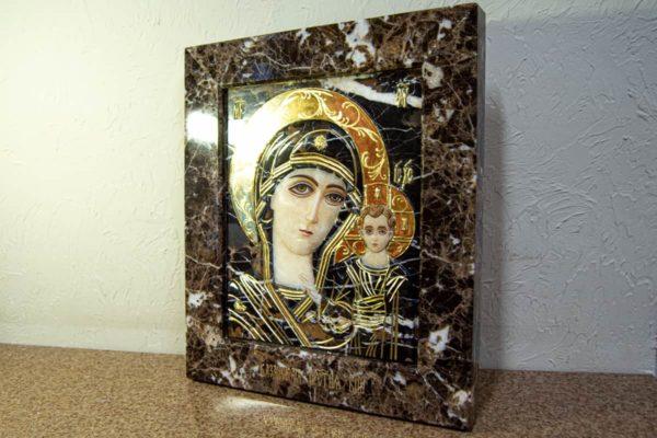 Икона Казанской Богоматери № 3/12-2 (резная) из мрамора от Гливи, фото 5