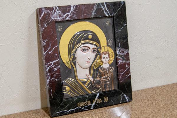 Икона Казанской Богоматери № 3/12-5 (резная) из мрамора от Гливи, фото 2