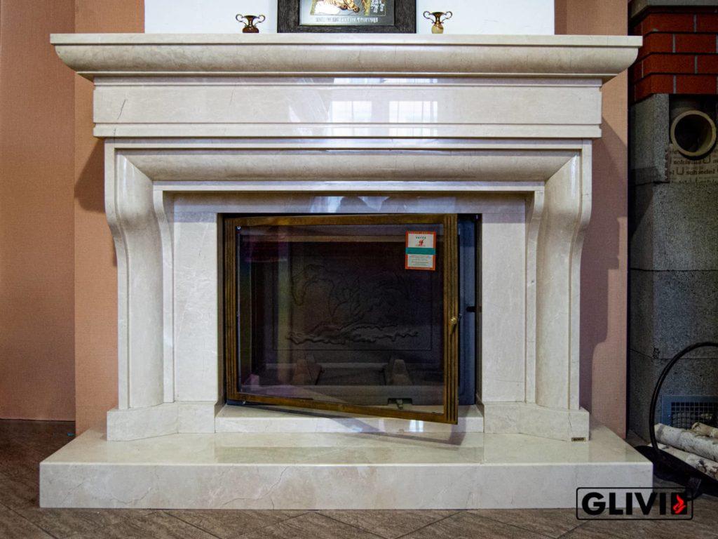 Классический камин Филадельфия в салоне Гливи, фото