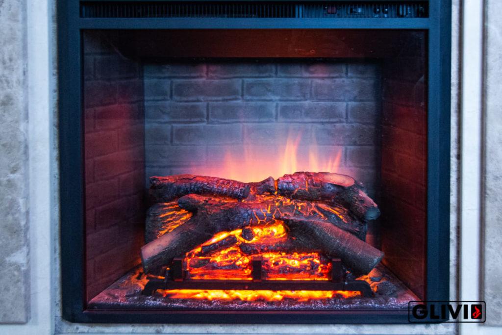 Электрокамин с эффектом живого пламени, фото сделано в салоне каминов и изделий из камня Гливи на ул. П. Бровки 3, корпус 2, фото 5