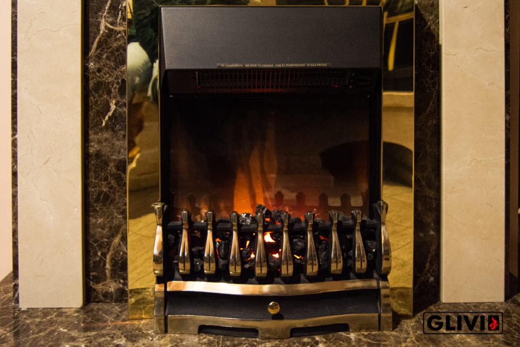 Статья Электрокамин с эффектом живого пламени, фото сделано в салоне каминов и изделий из камня Гливи на ул. П. Бровки 3, корпус 2, фото 8