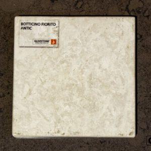 Мрамор Botticino Fiorito с обработкой антик, салон Гливи, фото 7