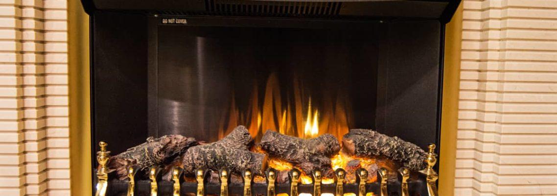 Статья Электрокамин с эффектом живого пламени, фото сделано в салоне каминов и изделий из камня Гливи на ул. П. Бровки 3, корпус 2, фото 1