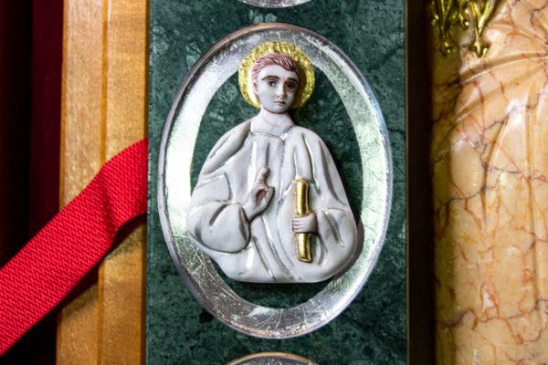 Икона Иверской Божией Матери (рельефная, храмовая) без № из мрамора, камня, от Гливи, фото 2