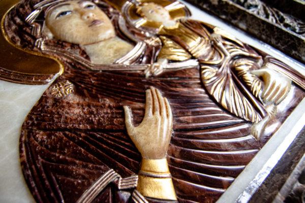 Икона Влахернская Богоматерь № 02 из мрамора, камня, от Гливи, фото 3