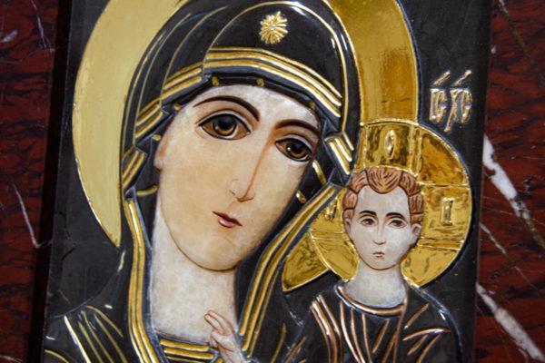 Икона Казанской Божией Матери № 3-12-3 из мрамора, камня, от Гливи, фото 3