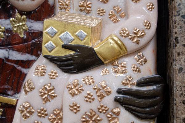 Ченстоховская икона (рельефная, храмовая) не номерная из камня, Гливи, фото 2