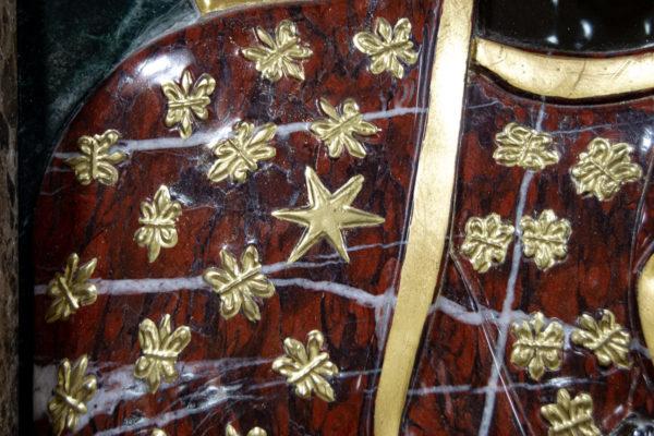 Ченстоховская икона (рельефная, храмовая) не номерная из камня, Гливи, фото 10