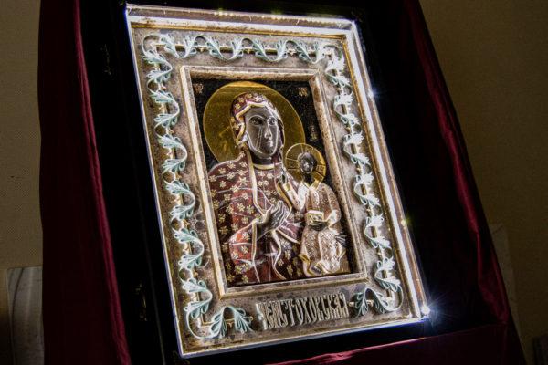 Ченстоховская икона (рельефная, храмовая) не номерная из камня, Гливи, фото 20