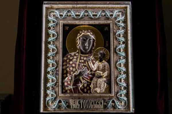 Ченстоховская икона (рельефная, храмовая) не номерная из камня, Гливи, фото 23