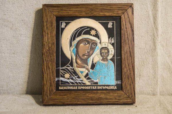 Икона Казанской Божией Матери № 1-02 подарочная из мрамора, камня, от Гливи, фото 1