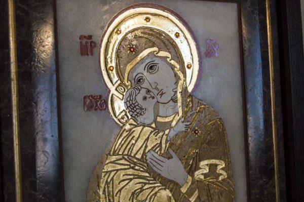 Икона Владимирской Божией Матери № 2 из мрамора, камня, от Гливи, фото 1