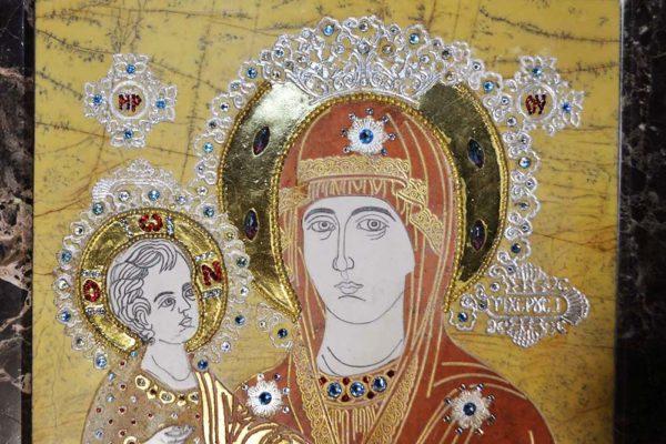 Икона Божией Матери Троеручица № 2-12-1 из мрамора, камня, изображение, фото 3