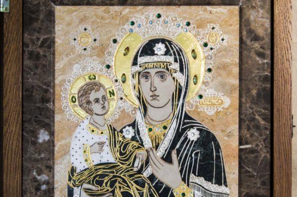 Икона Божией Матери Троеручица № 2-12-12 из мрамора, камня, изображение, фото 1