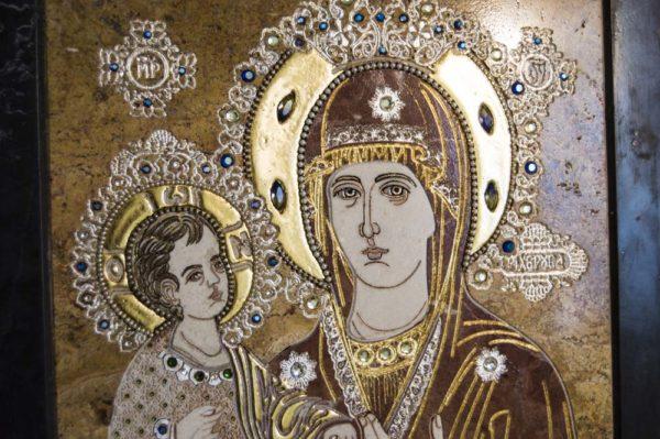 Икона Божией Матери Троеручица № 2-12-14 из мрамора, камня, изображение, фото 1