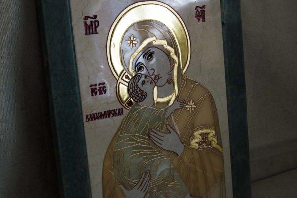 Икона Владимирской Божией Матери № 2-12-8 из мрамора, камня, от Гливи, фото 2