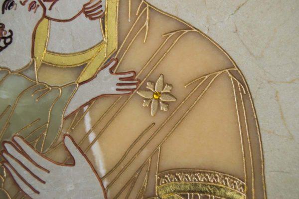 Икона Владимирской Божией Матери № 2-12-8 из мрамора, камня, от Гливи, фото 5
