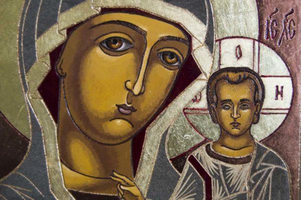 Икона Казанской Божией Матери № 1-07 подарочная из мрамора, камня, от Гливи, фото 2