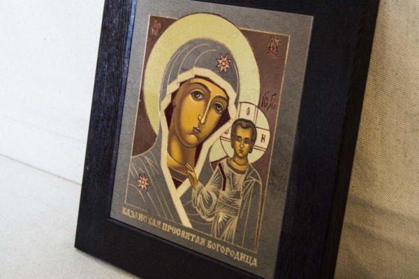 Икона Казанской Божией Матери № 1-07 подарочная из мрамора, камня, от Гливи, фото 3