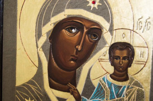 Икона Казанской Божией Матери № 1-08 подарочная из мрамора, камня, от Гливи, фото 2
