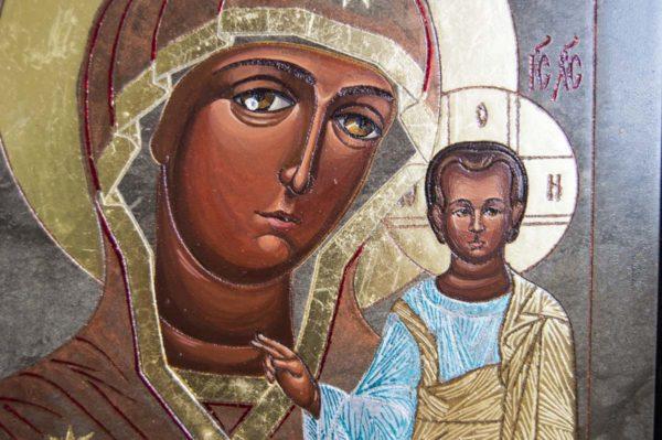 Икона Казанской Божией Матери № 1-09 подарочная из мрамора, камня, от Гливи, фото 3
