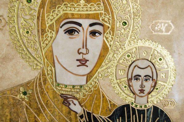 Икона Смоленской Божией Матери № 1-12-1 подарочная из мрамора, камня, изображение, фото 3