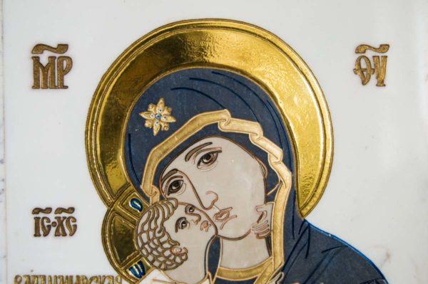 Икона Владимирской Божией Матери № 2-12-7 из мрамора, камня, от Гливи, фото 3