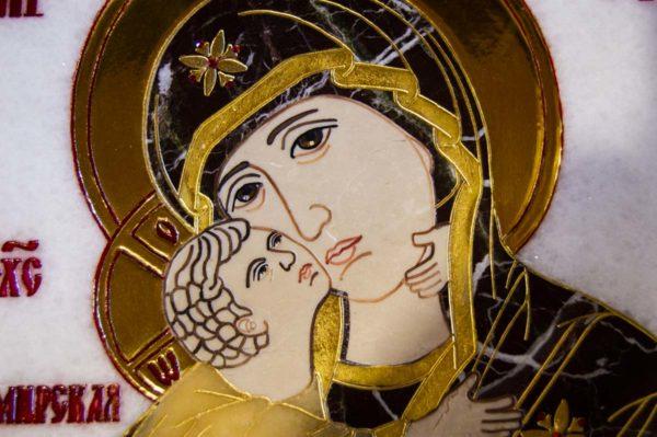 Икона Владимирской Божией Матери № 2-12-1 из мрамора, камня, от Гливи, фото 2