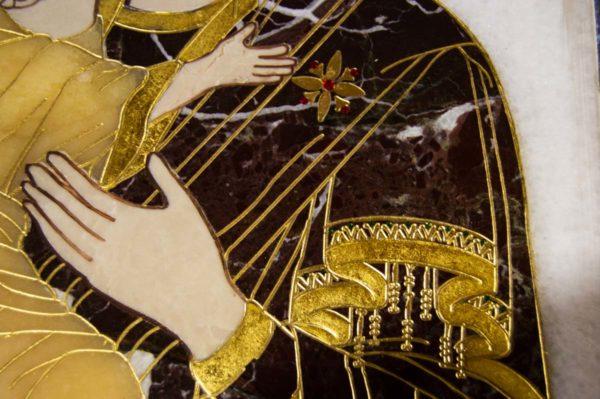 Икона Владимирской Божией Матери № 2-12-1 из мрамора, камня, от Гливи, фото 3
