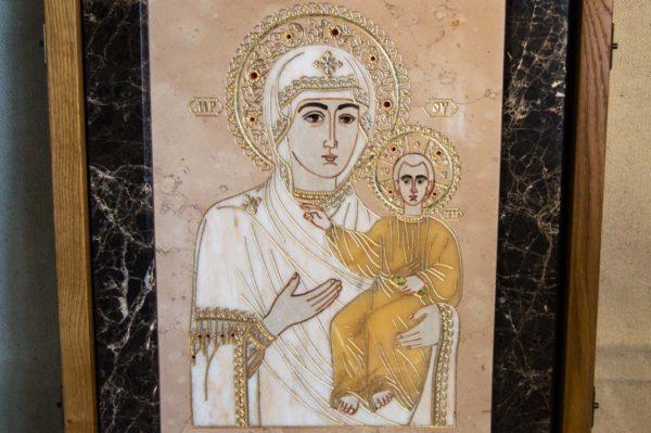 Икона Смоленской Божией Матери № 1-12-6 подарочная из мрамора, камня, изображение, фото 2