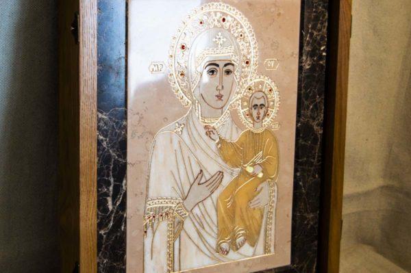 Икона Смоленской Божией Матери № 1-12-6 подарочная из мрамора, камня, изображение, фото 3