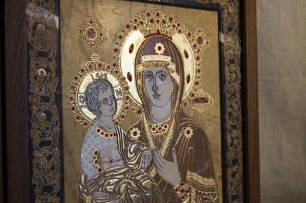 Икона Божией Матери Троеручица № 2-12-11 из мрамора, камня, изображение, фото 6