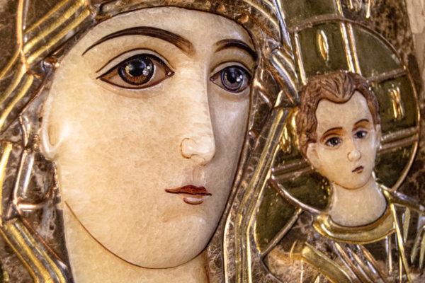 Икона Казанской Божией Матери № 4-12-2 из мрамора, камня, от Гливи, фото 1