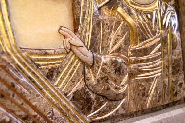 Икона Казанской Божией Матери № 4-12-2 из мрамора, камня, от Гливи, фото 3