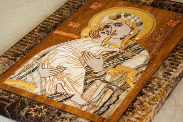 Икона Владимирской Божией Матери № 2-12-10 из мрамора, камня, от Гливи, фото 1
