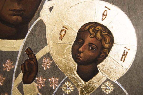 Икона Ченстоховской Божией Матери № 01 из мрамора, каталог икон, изображение, фото 1