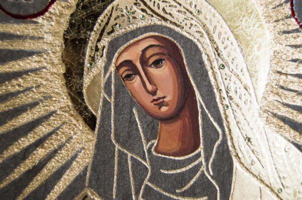 Икона Остробрамской Божией Матери № 03 из мрамора, камня, изображение, фото 2