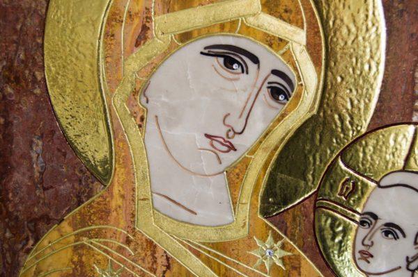 Икона Тихвинской Божией Матери № 1-12,7 из мрамора, камня, изображение, фото 3