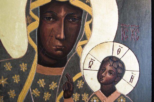 Икона Ченстоховской Божией Матери № 04 из мрамора, каталог икон, изображение, фото 3