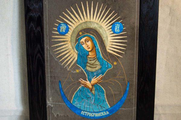 Икона Остробрамской Божией Матери № 07 из мрамора, камня, изображение, фото 2