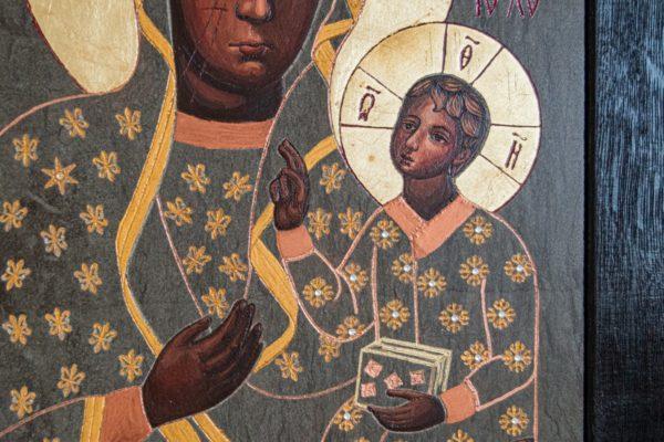 Икона Ченстоховской Божией Матери № 05 из мрамора, каталог икон, изображение, фото 1