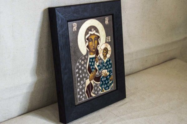 Икона Ченстоховской Божией Матери № 03 из мрамора, каталог икон, изображение, фото 1