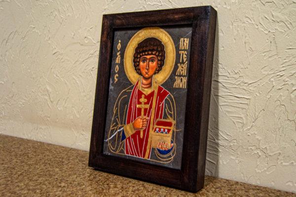 Икона Святой великомученицы Святого Пантелеймона № 1 из мрамора, камня, изображение, фото 1