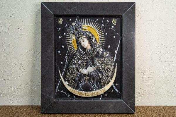 Резная икона Остробрамской Божьей Матери, каталог икон в интернет-магазине изображение, фото 1