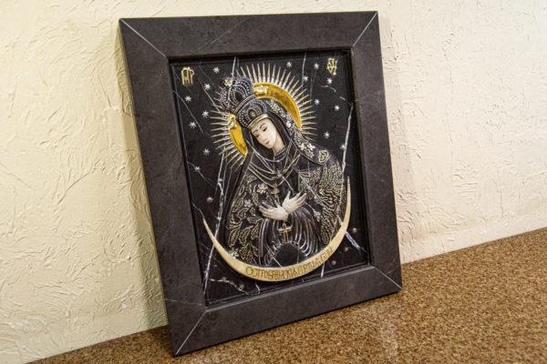 Резная икона Остробрамской Божьей Матери из мрамора, каталог икон в интернет-магазине изображение, фото 12
